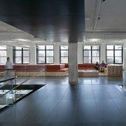 PRIME SOHO LOFT / OFFICE – NEW INSTALLATION – OPEN PLAN – CLASS A BLDG. - Commercial Lease
